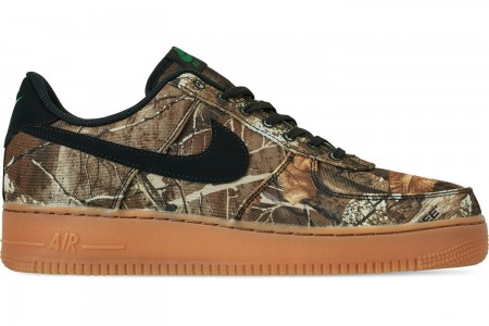 Nike Men's Air Force 1 '07 LV8 3 Casual Shoes - Black/Black/Aloe Verde/Gum Medium Brown