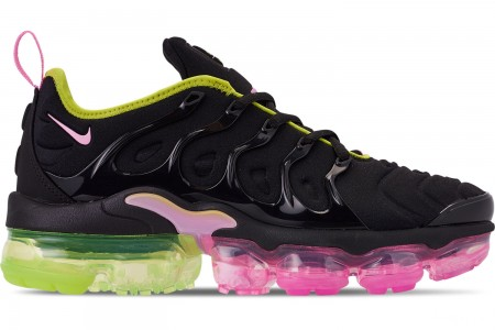 Nike Women's Air VaporMax Plus Casual Shoes - Black/Pink Rise/Cyber