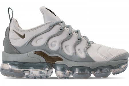 Nike Women's Air VaporMax Plus Casual Shoes - Light Silver/Medium Olive/Mica Green